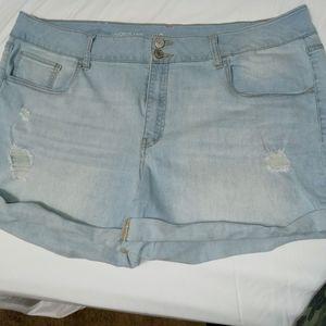 SO favorite midi cuffed shorts
